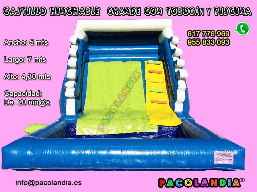 26-Castillo Hinchable-Grande con tobogán y piscina.